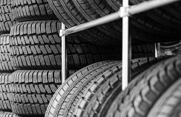 pneu de alta performance e pneu de passeio